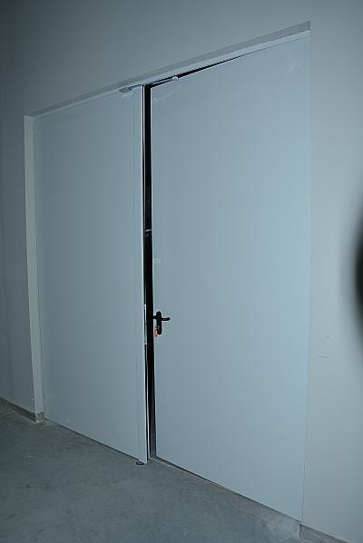 Двукрила пожароустойчива врата EI60