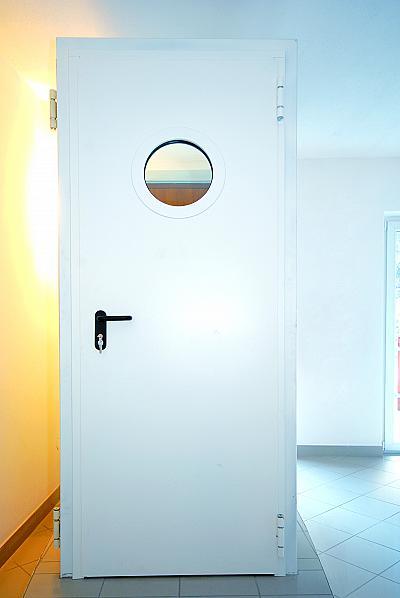 Еднокрила пожароустойчива врата EI60